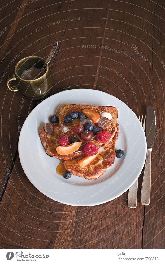 french toast Lebensmittel Frucht Brot Dessert Süßwaren Toastbrot Himbeeren Blaubeeren Ernährung Frühstück Bioprodukte Vegetarische Ernährung Getränk Heißgetränk