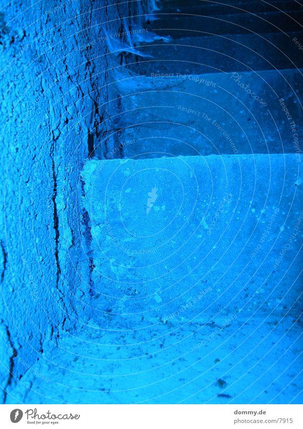 Spider@Treppe alt grau Treppe gruselig historisch Spinne gewebt