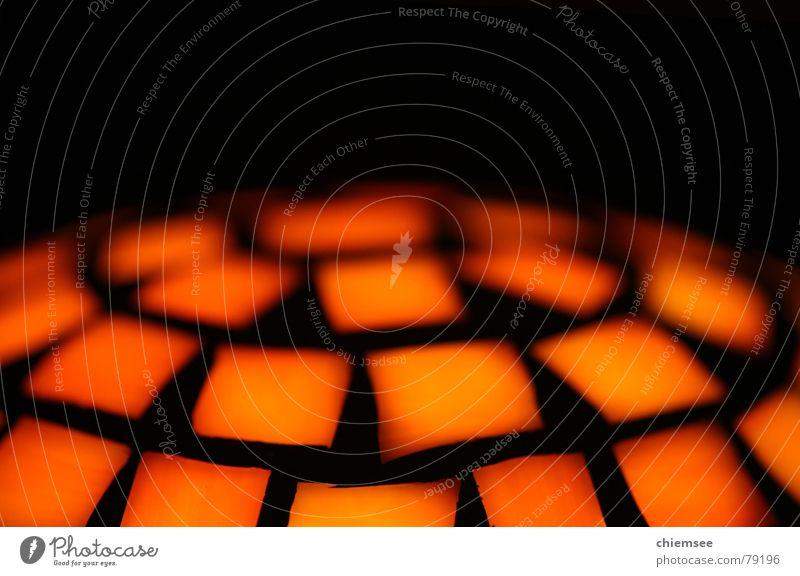 Leuchtkugel Disco Licht abstrakt Lampe rot schwarz Leuchtrakete Makroaufnahme Nahaufnahme Farbe Kugel orange