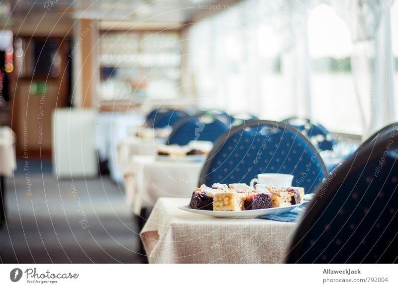 Volle Kaffeefahrt vorraus Kuchen Kaffeetrinken Tasse Ausflug Schifffahrt Kreuzfahrt Bootsfahrt Kitsch Nostalgie Dienstleistungsgewerbe Tourismus Vergangenheit