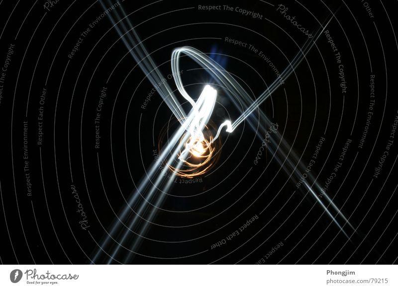 lightraces schön schwarz Bewegung Linie Zeit Vergänglichkeit Spuren Belichtung Lichtstrahl
