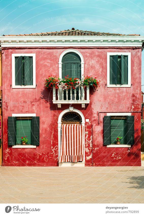 Hellrotes Haus in Burano, Venedig. schön Ferien & Urlaub & Reisen Tourismus Sommer Insel Landschaft Kleinstadt Stadt Gebäude Architektur Straße Wasserfahrzeug