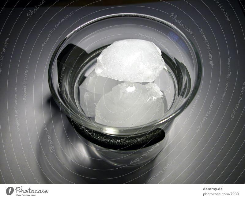 Eistee (ohne Tee) kalt Glas Alkohol