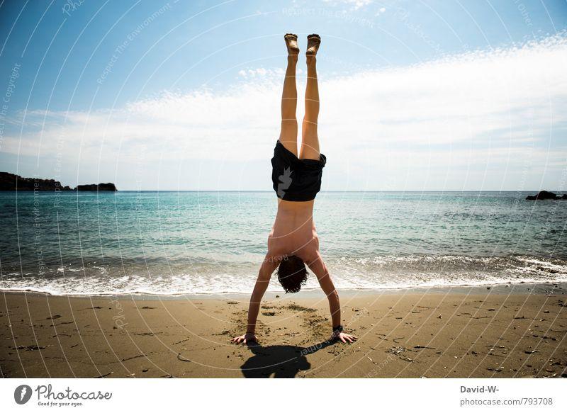 balance Mensch Ferien & Urlaub & Reisen Jugendliche Wasser Sommer Meer Strand 18-30 Jahre Junger Mann Ferne Erwachsene Sport außergewöhnlich Freizeit & Hobby