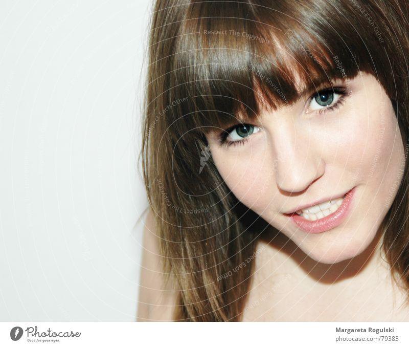 frau Frau Gesicht Haare & Frisuren hell Nase Porträt Zähne Lippen Pastellton Junge Frau Mensch Teint