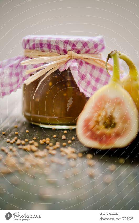Feigensenf Lebensmittel Frucht Marmelade Ernährung frisch lecker süß Senf Marmeladenglas Einmachglas Senfkörner rustikal Holztisch selbstgemacht Farbfoto
