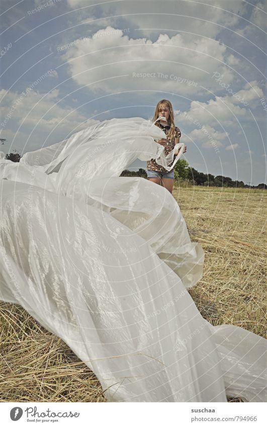 flatterdings Mensch Himmel Kind Natur Sommer Landschaft Wolken Mädchen Umwelt Gesicht feminin Haare & Frisuren Kopf Feld wild Kindheit