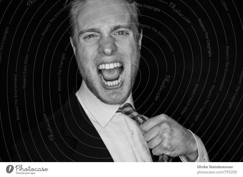 Krawattenzwang Mensch Jugendliche Mann 18-30 Jahre Junger Mann Erwachsene Leben Gefühle Stimmung Arbeit & Erwerbstätigkeit maskulin Business Büro Kommunizieren Wut Stress