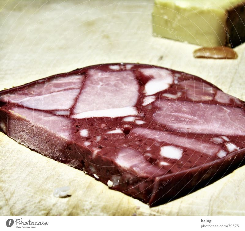 Wurstvase für Muttchen rot schwarz Gastronomie Handwerk Fleisch Abendessen Mahlzeit Wurstwaren Käse Büffet Snack Metzger Handwerker Belegtes Brot Schiffswrack Schlachtung