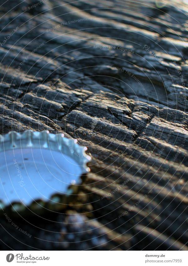 körkchen Holz Tisch Flaschenverschluss Makroaufnahme Korken