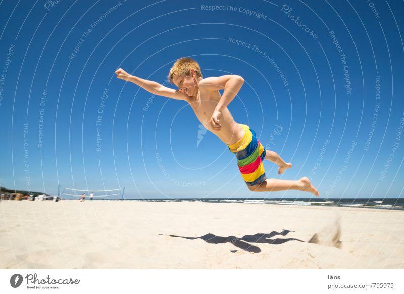 500 Mensch Himmel Kind Ferien & Urlaub & Reisen Wasser Sommer Sonne Meer Strand Küste Junge Freiheit Sand fliegen Kraft Kindheit