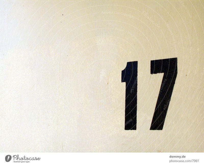 .:17:. schwarz Ziffern & Zahlen beige 17