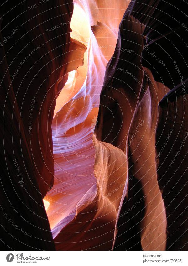 Antelope Canyon II rot Stein Sand Felsen Erde USA Schlucht Mineralien Lichtstrahl Page Sandstein Arizona