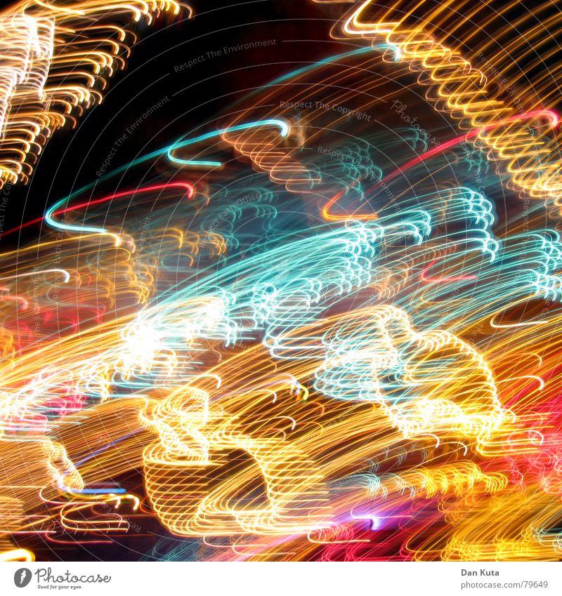 Bratwurst im Auge Stimmung fest heimelig Alkoholisiert Langzeitbelichtung Licht dunkel Nacht Funzel Feste & Feiern Lampe Dynamik Hacke geschlossen