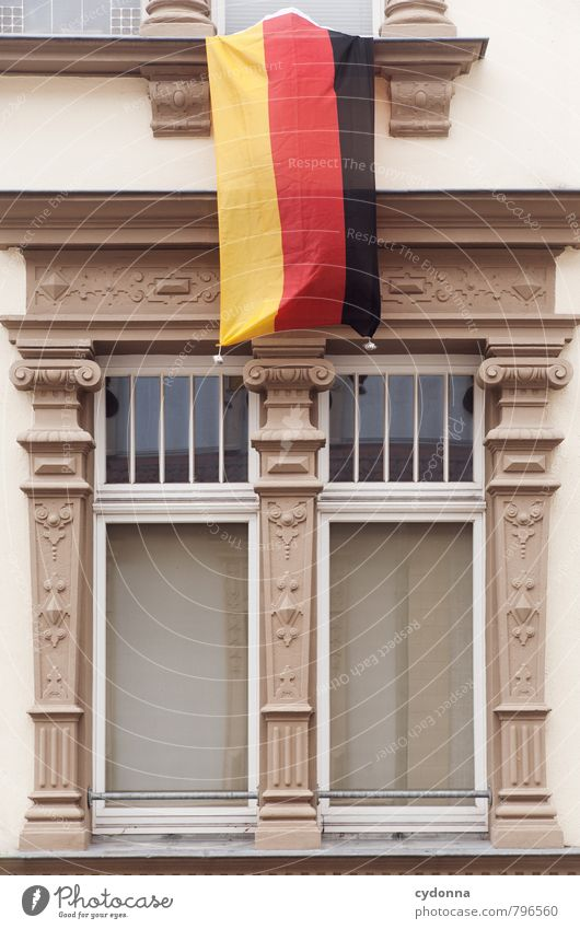 WM-Fassade Stadt Haus Fenster Wand Leben Architektur Mauer Lifestyle Feste & Feiern Deutschland Fassade Dekoration & Verzierung ästhetisch Kommunizieren Deutsche Flagge Sportmannschaft