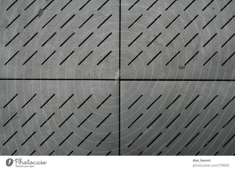 Quartett Quarz Rätsel unentschlossen Anordnung liniert diagonal quer Muster grau kalt Stadt Fußspur Spuren Abdeckung gefangen Strukturen & Formen Symmetrie