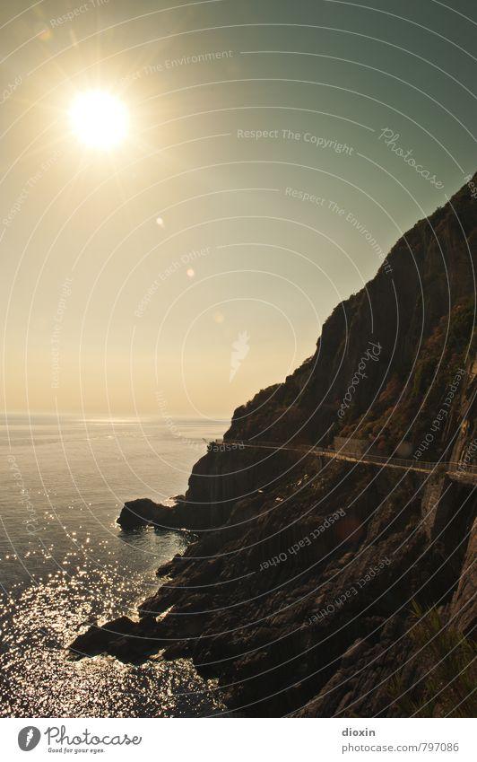 Via dell'Amore Ferien & Urlaub & Reisen Wasser Sommer Sonne Meer Landschaft Ferne Berge u. Gebirge Liebe Küste Felsen glänzend Erde leuchten Tourismus wandern