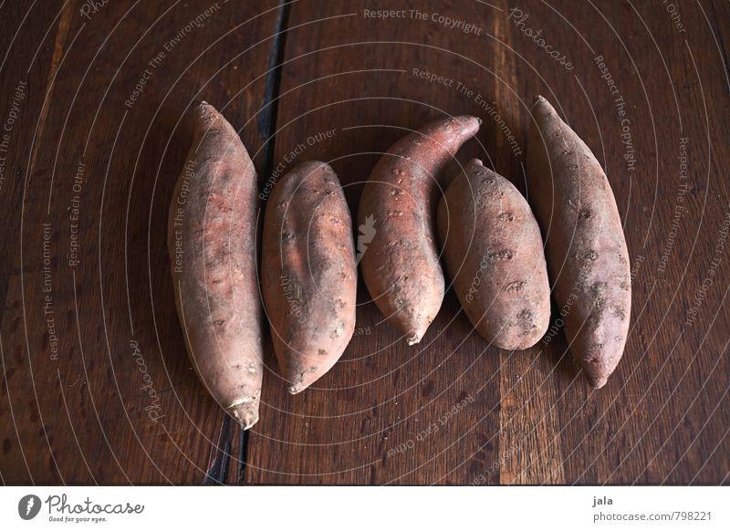 süßkartoffel Lebensmittel Gemüse Kartoffeln Süßkartoffeln Ernährung Bioprodukte Vegetarische Ernährung einfach frisch Gesundheit gut lecker natürlich Holztisch