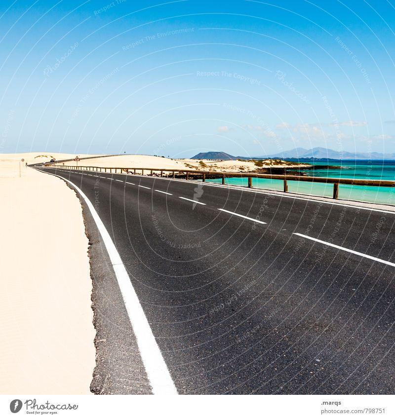 Küstenstraße Ferien & Urlaub & Reisen Ausflug Abenteuer Freiheit Sommer Natur Landschaft Sand Wolkenloser Himmel Horizont Schönes Wetter Verkehr Straße Kurve
