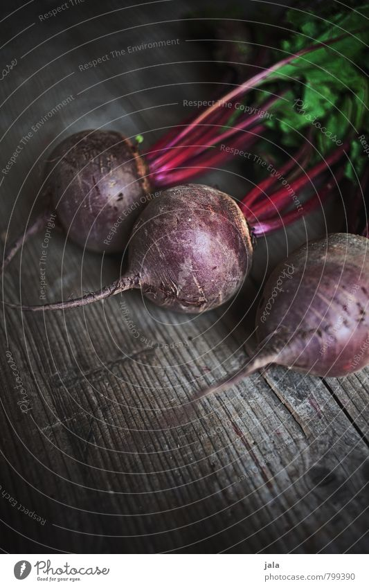 rote bete Gesunde Ernährung natürlich Gesundheit Lebensmittel frisch gut Gemüse lecker Appetit & Hunger Bioprodukte Vegetarische Ernährung Holztisch