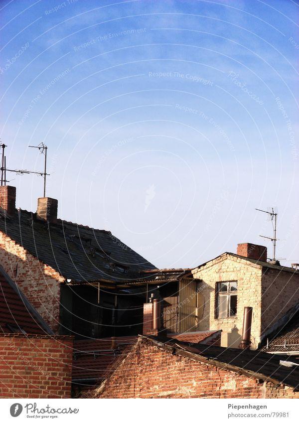 neuruppin oder alt ruppin - ick weß es nicht! Himmel blau Stadt Haus Wolken Herbst Horizont Brandenburg Dach Dorf Backstein Schornstein Antenne azurblau