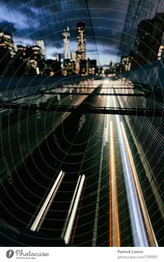 Nightlife Stadt Straße Wege & Pfade Gebäude Freiheit Verkehr Perspektive Brücke Netzwerk Bauwerk Vergangenheit Skyline Bankgebäude Verkehrswege Wahrzeichen