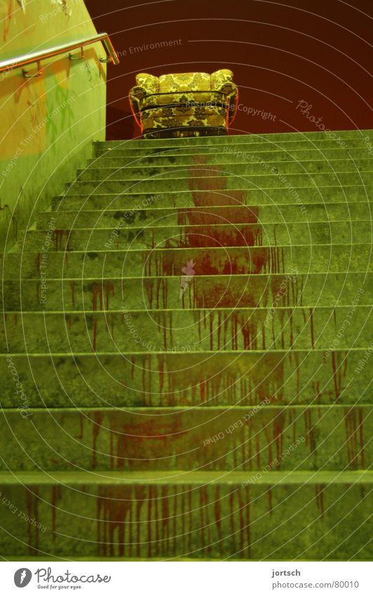auf abwegen unten Sessel Hannover rot grün aufsteigen Möbel Wohnzimmer Macht Blut Treppe Linde