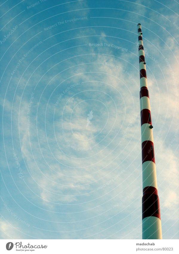 BITTE FRAGT MICH NICHT... Grenzposten rot-weiß Wetterstation emporragend Meteorologie Meteorologe Warnung Hinweisschild Wolken schlechtes Wetter Stab lang