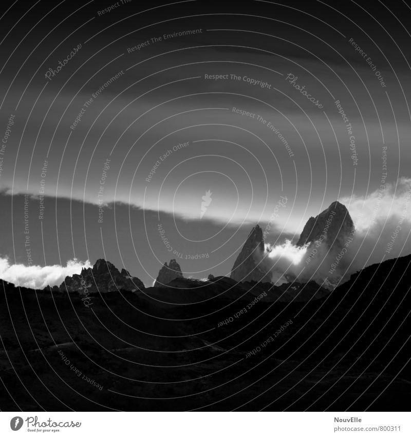 Fitz Roy II Natur Landschaft Luft Himmel Wolken Herbst Nebel Berge u. Gebirge Gipfel fantastisch Ferne gigantisch kalt wild Argentinien Patagonien