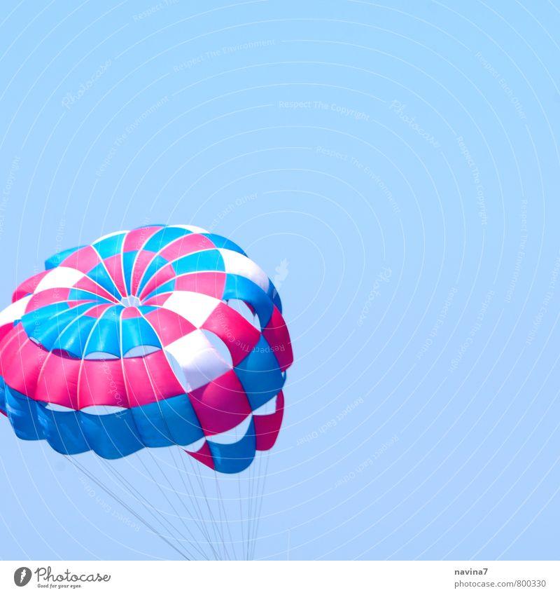 Schirm Freude Sport Freiheit fliegen Freizeit & Hobby Tourismus Abenteuer Risiko sportlich Sommerurlaub Fallschirm