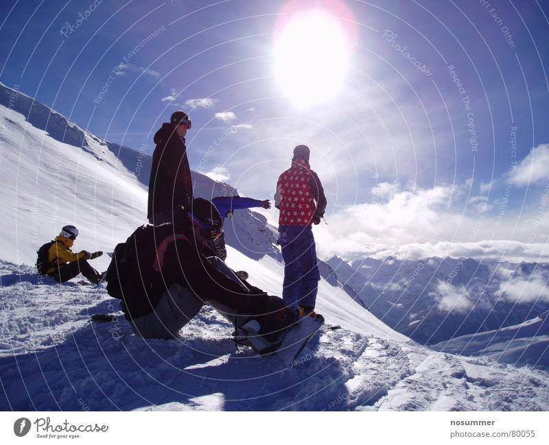 Snowboard Freeride Silvretta Himmel Sonne Landschaft Wolken Berge u. Gebirge Schnee Stimmung mehrere stehen sitzen Aussicht Schönes Wetter Pause Schneebedeckte Gipfel Schweiz Österreich
