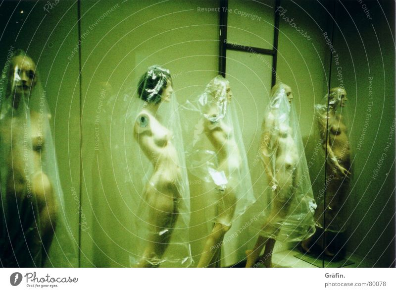 Plastikumverpackung Frau grün nackt Beine Fuß Arme Dekoration & Verzierung Brust Statue Puppe verschönern Schaufenster Folie Perücke Lomografie