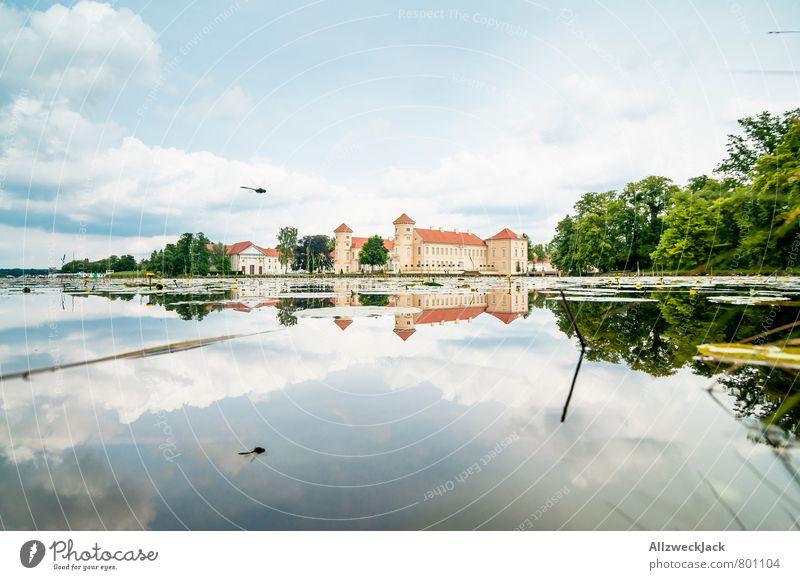 windstill Architektur Natur Teich See Kleinstadt Altstadt Burg oder Schloss Sehenswürdigkeit Idylle Klarheit Reflexion & Spiegelung Postkarte Farbfoto