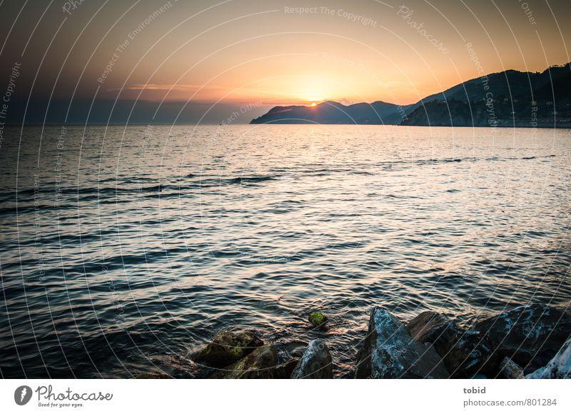 Sunset Himmel Natur Ferien & Urlaub & Reisen Wasser Sommer Meer Landschaft Strand Ferne Wärme Küste Freiheit Horizont Felsen Wellen Idylle