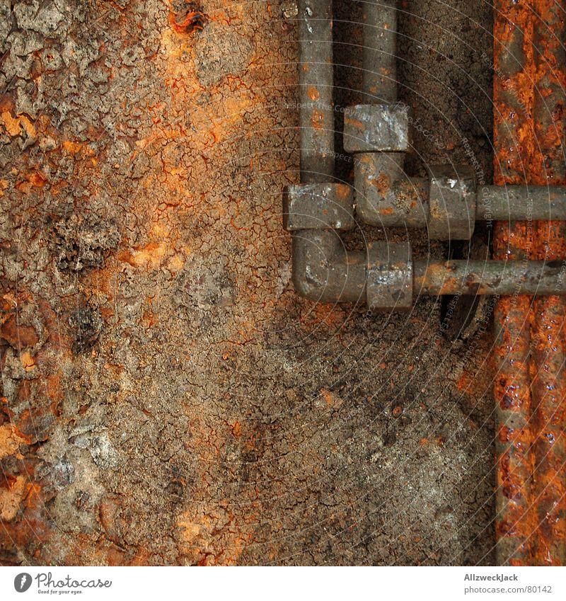 Dreiviertelzolldoppelschraubeckmuffe verlegen Zoll Kanalisation rot Wasserrohr Rost Scheitel rostfrei Ecke Handwerk Detailaufnahme Erdgaspipeline