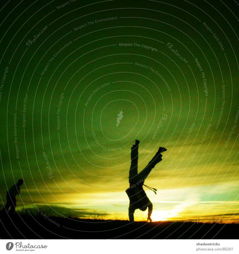 Die Capoeira-Session Foto 4 Mensch Himmel Sonne grün blau Winter schwarz gelb Sport Spielen Berge u. Gebirge Bewegung 2 Gesundheit Fitness