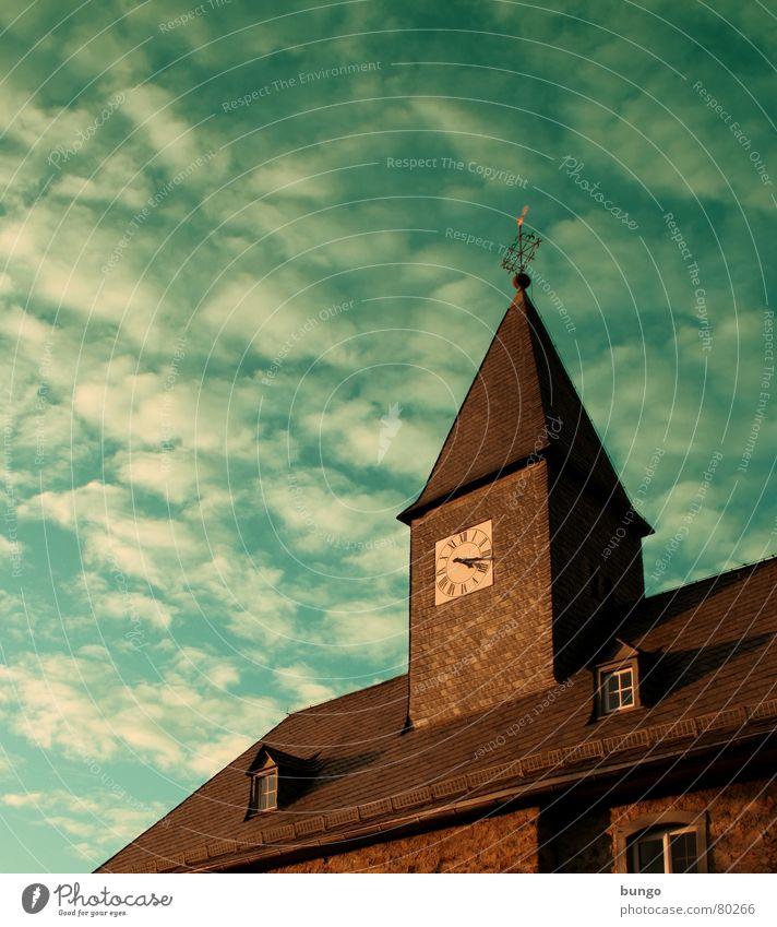 Perfect peace Himmel Farbe Wolken dunkel Herbst Religion & Glaube Zeit Zufriedenheit Wind Uhr Vergänglichkeit Symbole & Metaphern berühren Frieden Zifferblatt Schaf