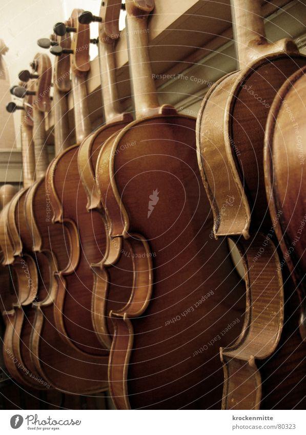 Der Himmel voller ... Holz Musik Kunst mehrere Konzert Reihe Handwerk harmonisch Streichinstrumente Ton Musikinstrument Klang Schwung Geige Klassik klassisch