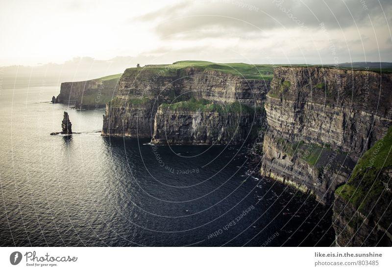 cliffs of moher. WOW! Umwelt Ferne Republik Irland Cliffs of Moher Klippe gigantisch Farbfoto