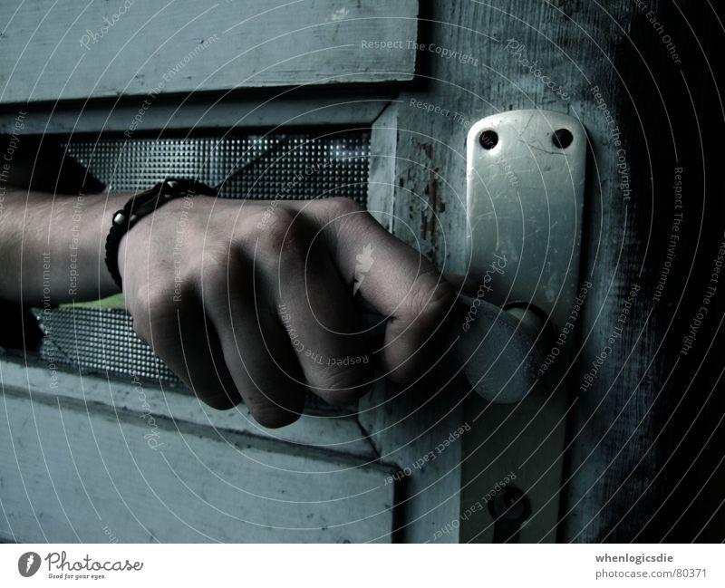 open Hand alt Glas Tür gefährlich gebrochen Griff ungewiss unsicher