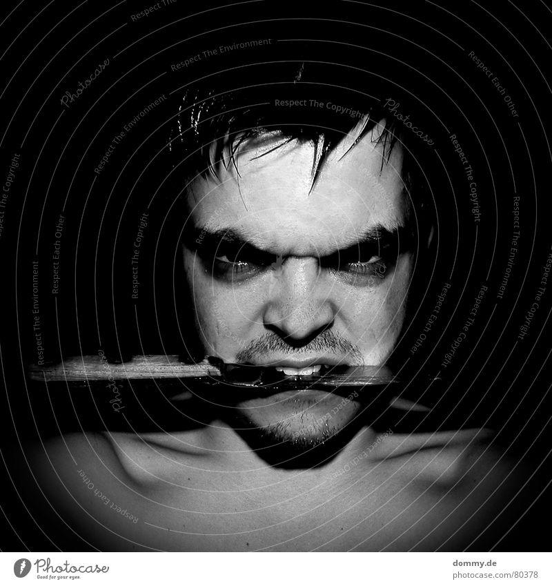 pirat Mann schwarz Auge dunkel Tod Holz Haut Nase 3 gefährlich Kreis bedrohlich Zähne Lippen Krankheit