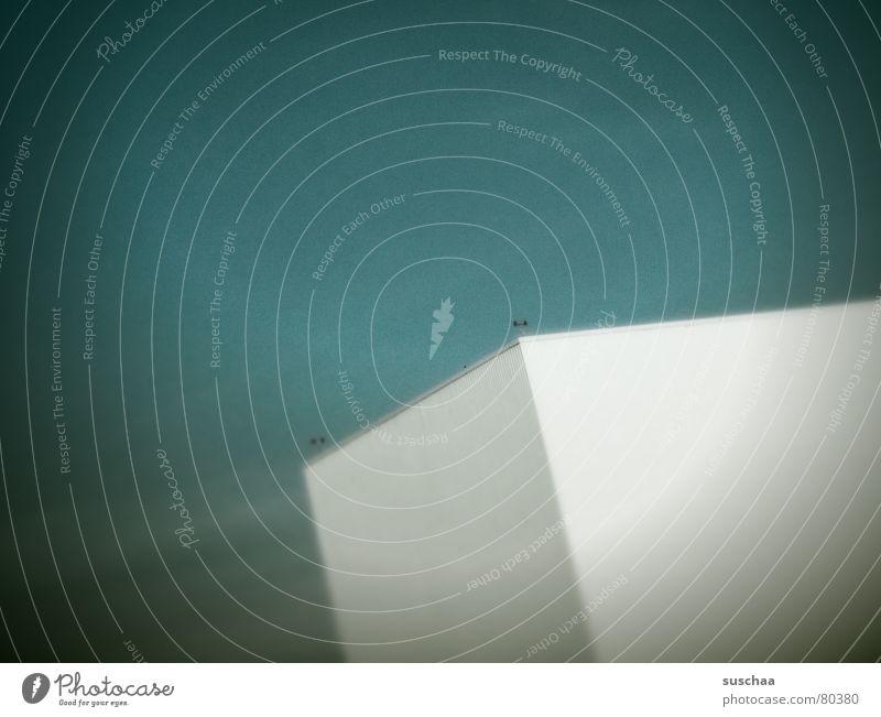 haus ohne alles .. Bauklotz Klotz groß grün Hochhaus Haus Arbeit & Erwerbstätigkeit Wissenschaften Miniatur Einsamkeit falsch Industriebetrieb Kiste Lagerhalle