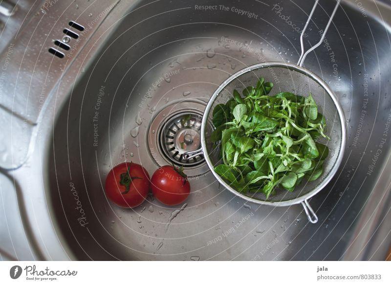 gewaschen Lebensmittel Gemüse Salat Salatbeilage Tomate Feldsalat Ernährung Bioprodukte Vegetarische Ernährung Sieb Gesunde Ernährung Häusliches Leben Wohnung