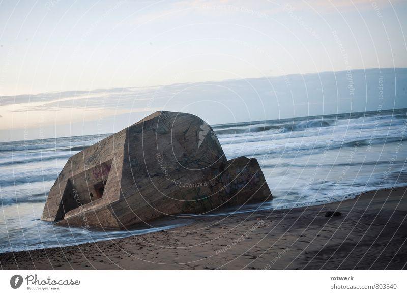 Bunkersurf Natur Landschaft Urelemente Wasser Wellen Küste Strand Meer Atlantik Gefühle Stimmung Gelassenheit Freiheit stagnierend Wandel & Veränderung Zeit
