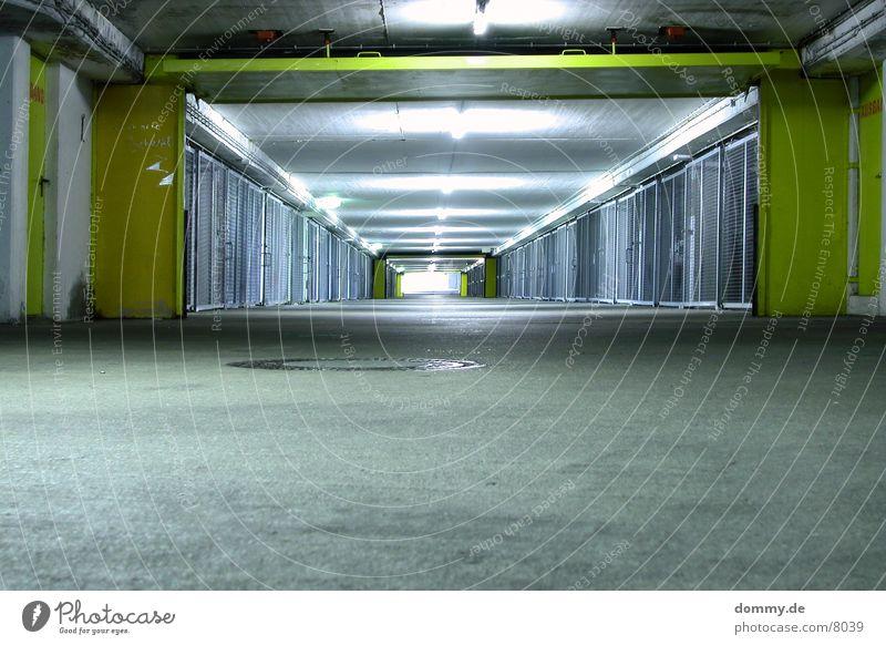 das Schlafzimmer des Automobiles grün Tor Garage Gitter Brandschutz Trennwand