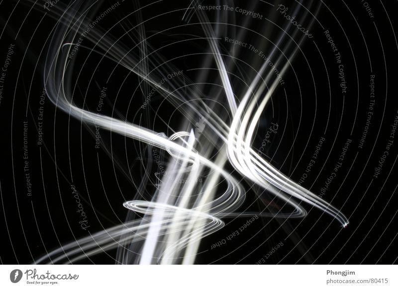Lightraces 2 schön schwarz Bewegung Linie Zeit Vergänglichkeit Spuren Kurve Belichtung Lichtstrahl