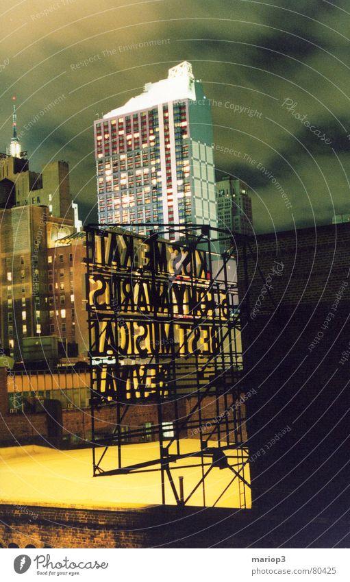 New York Backstreet Skyline Musical Hochhaus Amerika Stadt Nacht Langzeitbelichtung Stadtzentrum Mitte Stadtteil USA Freiheit New York City Außenaufnahme