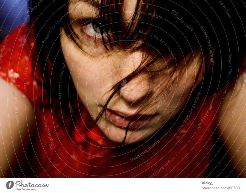 sow into Frau rot Einsamkeit Gesicht Auge sprechen Haare & Frisuren Musik Nase Fragen wie gehorsam verschlafen