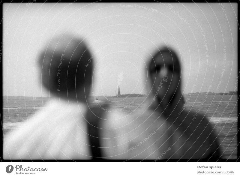 liberty Vergnügungspark schwarz analog Unschärfe Amerika Wind Wellen Horizont Kapuze Freizeit & Hobby Tourist New York City Ferien & Urlaub & Reisen
