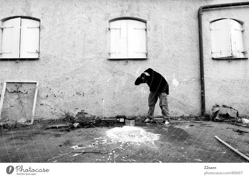 oh shit! Farbeimer entladen Missgeschick Eimer Fleck Hand Haus Fenster 3 Holz Bilderrahmen Müll Schrott Wand Wut Ärger versehen Verzweiflung dreckig Rahmen